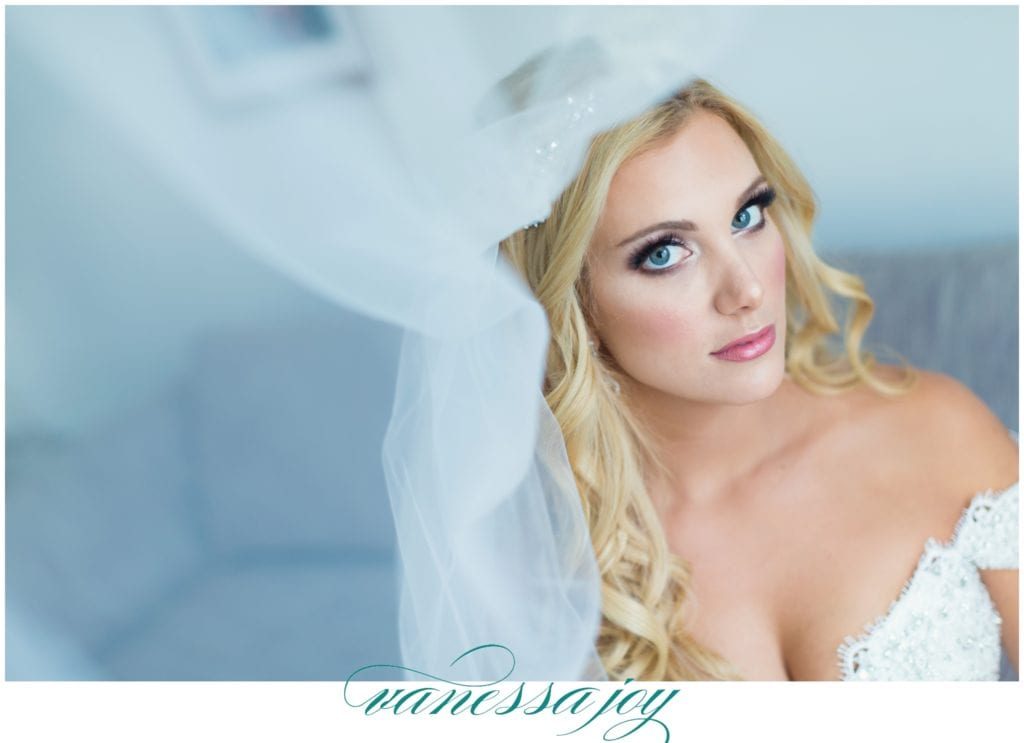 luxury NY wedding photographer, make me up pretty make up artistry