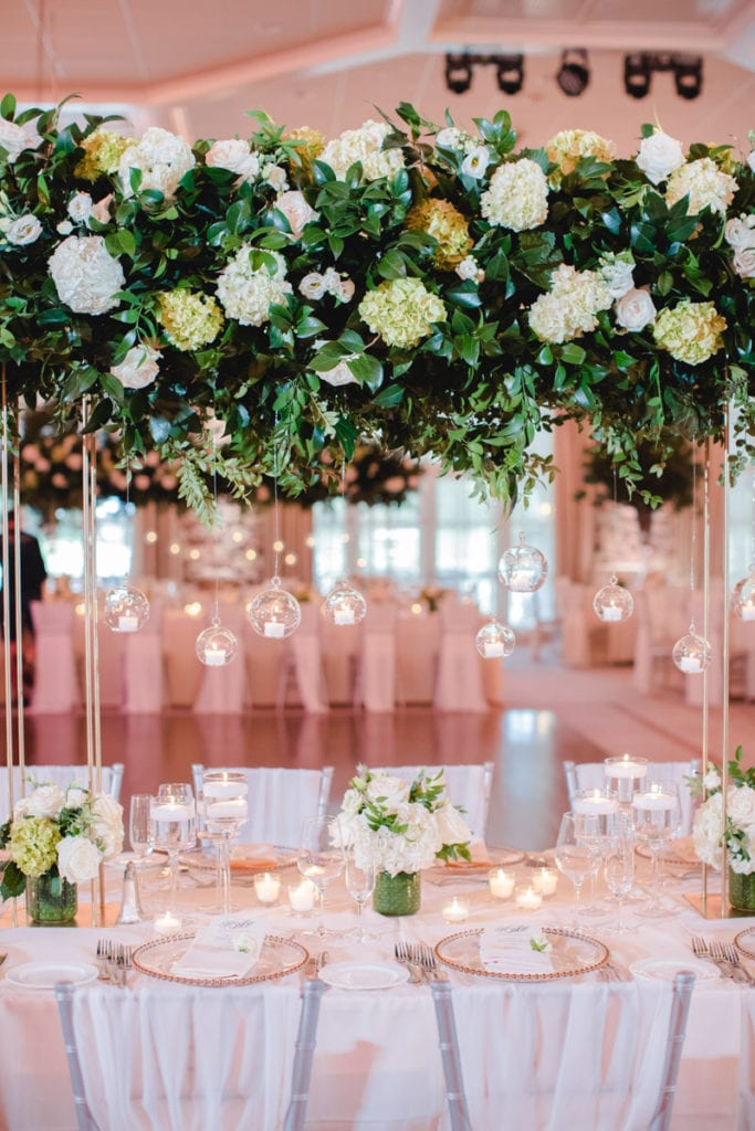 wedding flower inspiration, white wedding